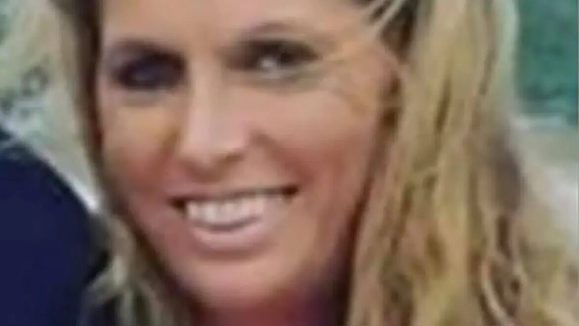 Massachusetts woman last seen walking her dog prompts police search; car found in New Hampshire
